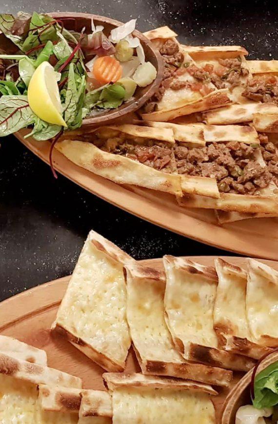 Heerlijk etlekmek eten bij Turquoise meating